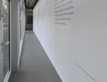 4 Abweichung, Ausstellungsansicht