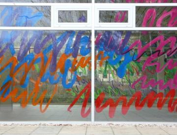 21 Friederike Feldmann: Chère Vitrine, Installationsdetail