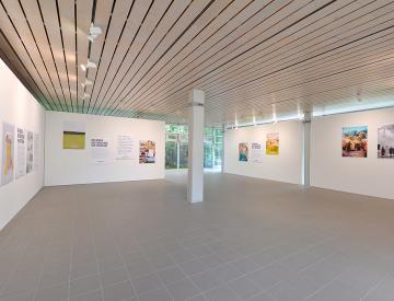 13 Blick in den Ausstellungsraum