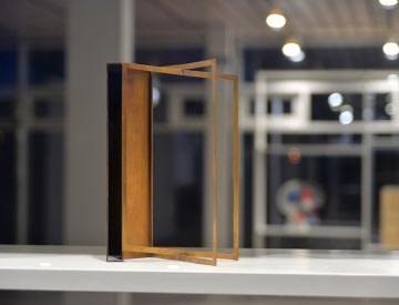 11 Sabine Hornig, Abstrakte Plastik (Bronze), 2015
