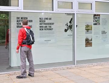 9 Stützpunkt der Neuen Auftraggeber - Der Ausstellungspavillon auf der Freundschaftsinsel